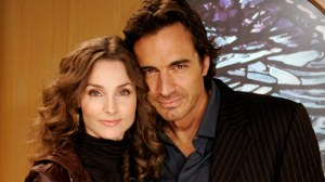 Alicia Minshew and Thorsten Kaye as Zach and Kendall Slater Photo: ABC