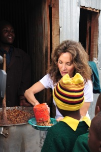 Susan Lucci volunteering for DAYTIME GIVES BACK